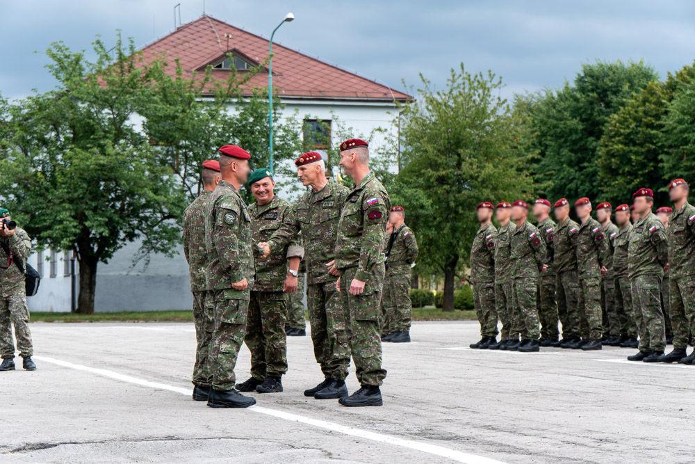 FOTO: Výmena veliteľa 5. pluku špeciálneho určenia v Žiline, foto 19