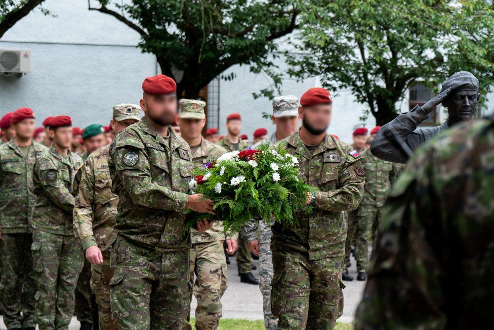 FOTO: Výmena veliteľa 5. pluku špeciálneho určenia v Žiline, foto 25