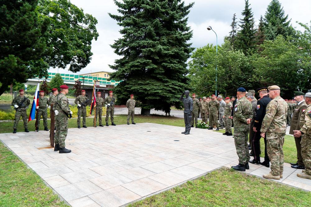 FOTO: Výmena veliteľa 5. pluku špeciálneho určenia v Žiline, foto 22
