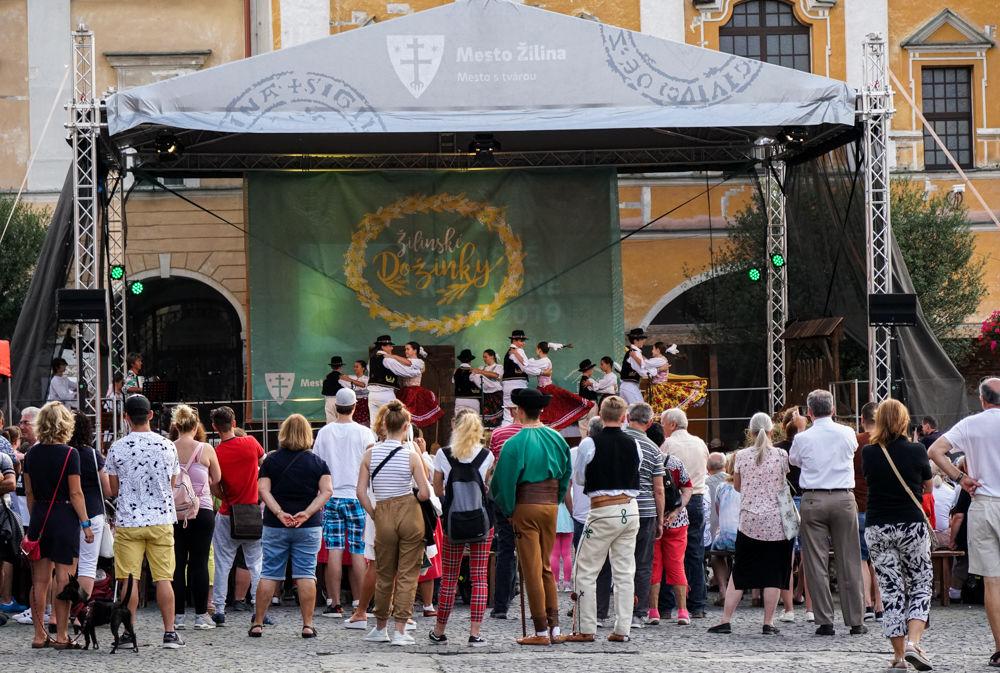 FOTO: Na Mariánskom námestí v Žiline prebiehajú Žilinské Dožinky 2019, foto 19