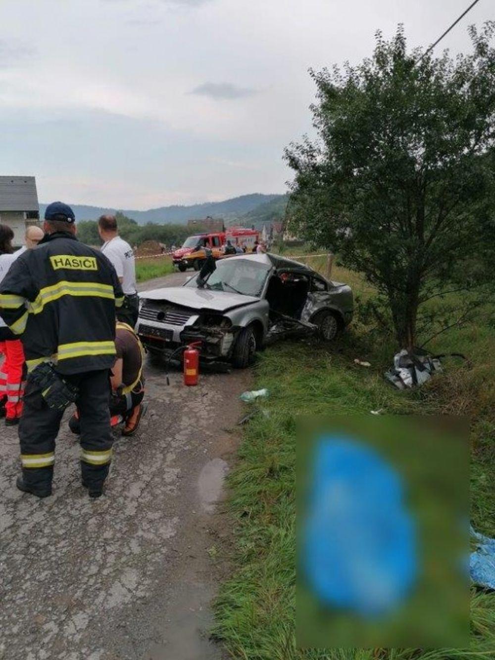 Tragická dopravná nehoda v obci Zábiedovo 25.8.2019, foto 1
