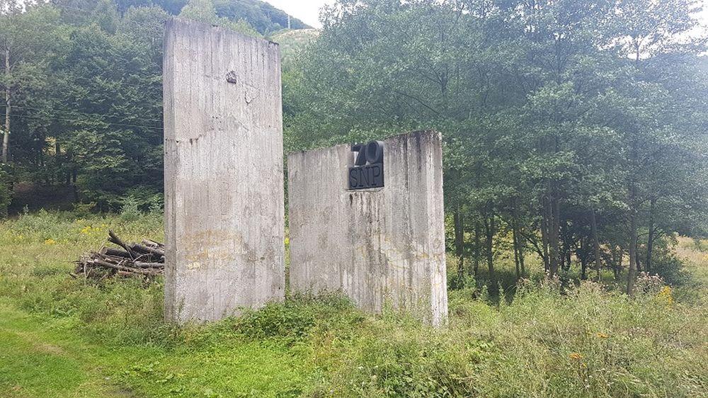 Starostlivosť o pamätník SNP pri Dubnej Skale, foto 2