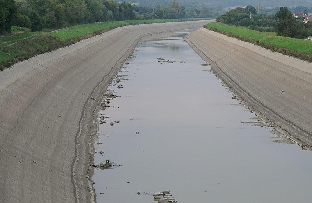 FOTO: Vypustený derivačný kanál Hričov - Mikšová - Považská Bystrica, foto 12