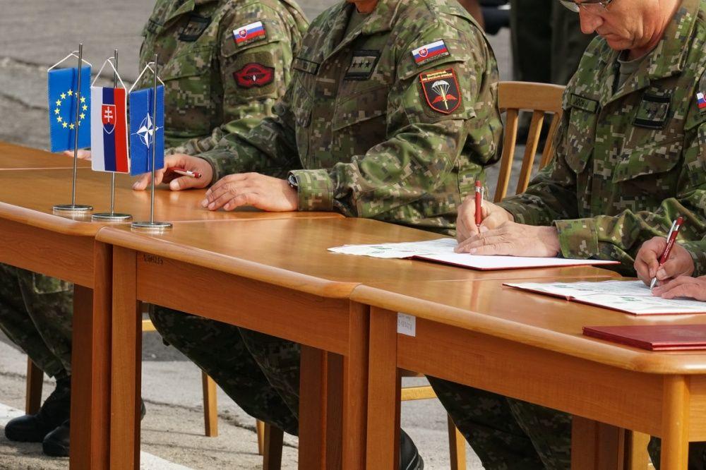 FOTO: Slávnostný akt prepodriadenia útvarov do pôsobnosti veliteľstva Síl pre špeciálne operácie, foto 28