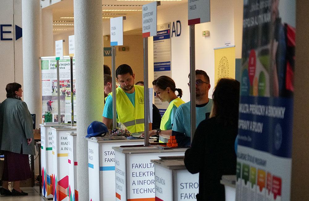 FOTO: Žilinská univerzita otvorila pre verejnosť svoje brány dokorán, foto 2