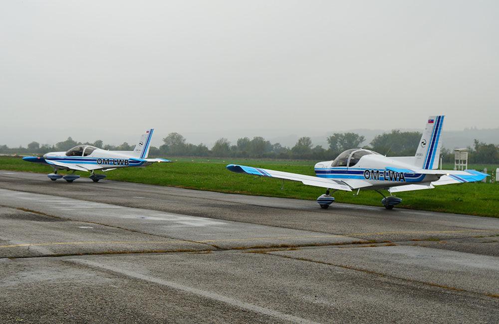 Žilinská univerzita má dve najmodernejšie lietadlá Zlín Z-242L, foto 2