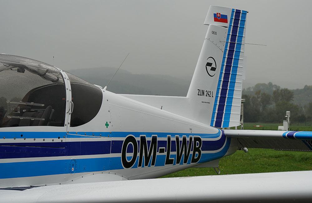 Žilinská univerzita má dve najmodernejšie lietadlá Zlín Z-242L, foto 8