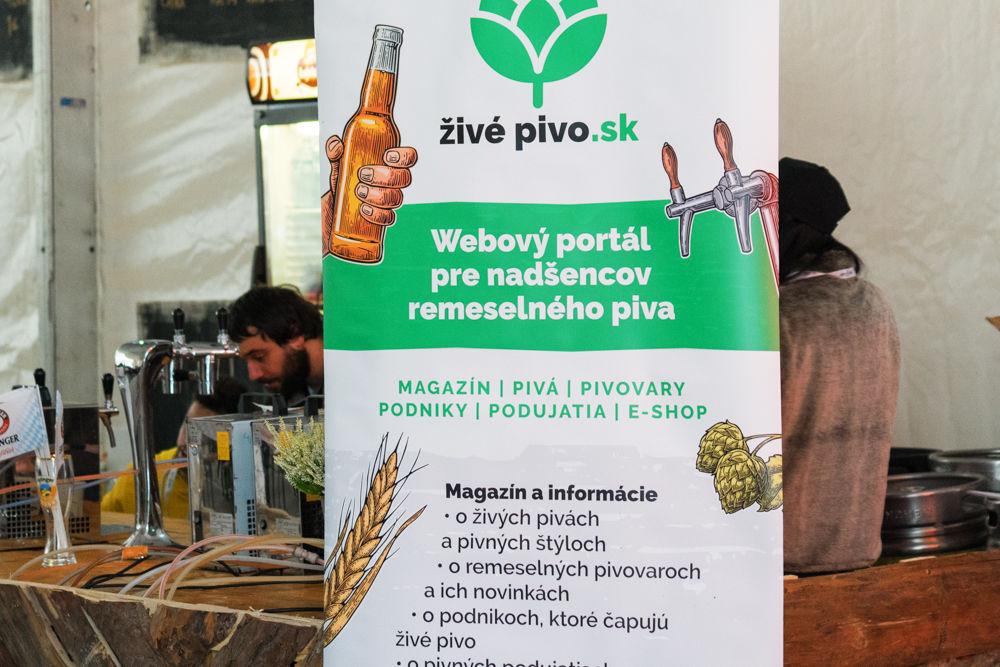 FOTO: Festival remeselného piva BEER FEST vo vyhrievanom stane na Poštovej, foto 17