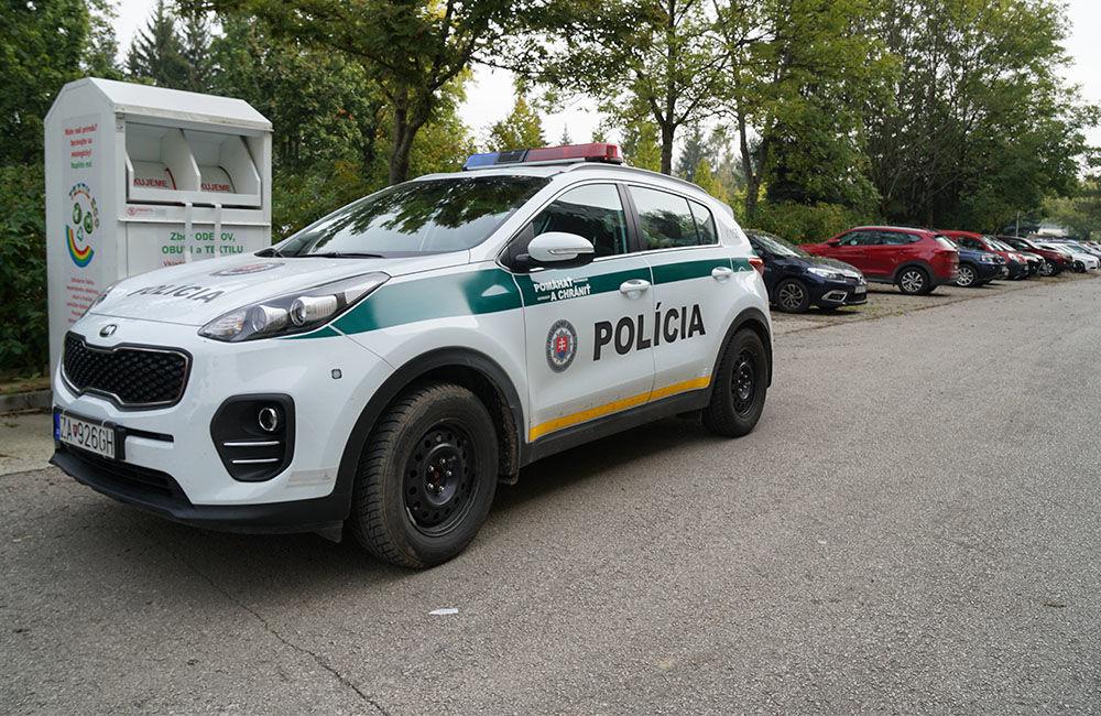 Neznámy páchateľ opäť poškodzoval pneumatiky zaparkovaných áut na ulici Osiková, foto 1