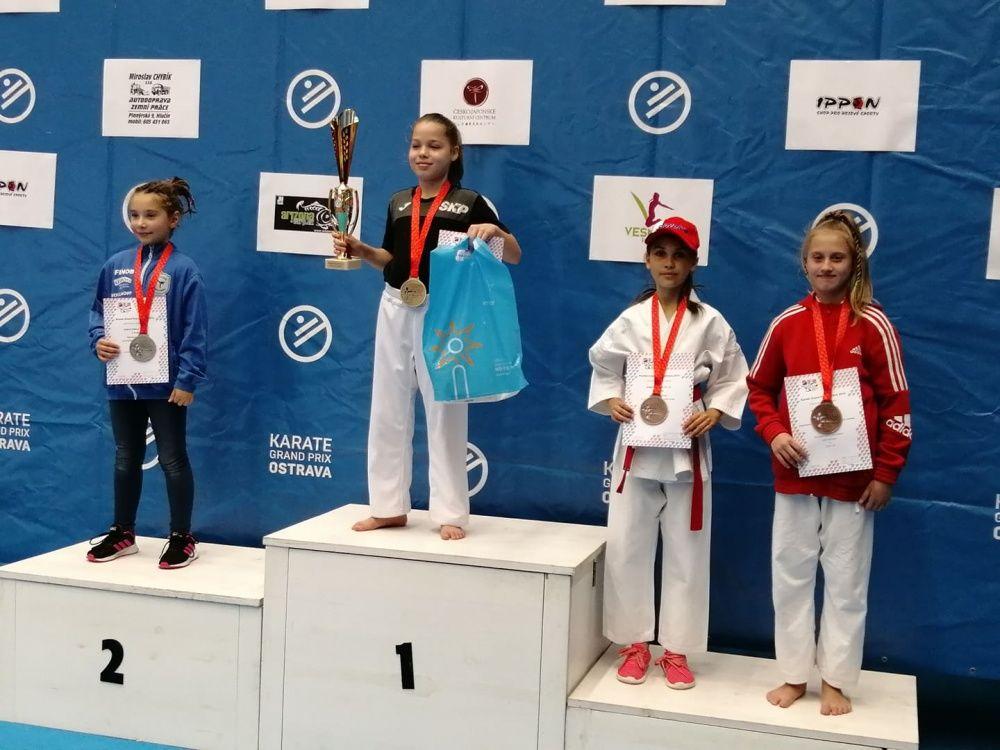Úspechy AC UNIZA Karate klub Žilina počas októbra, foto 2