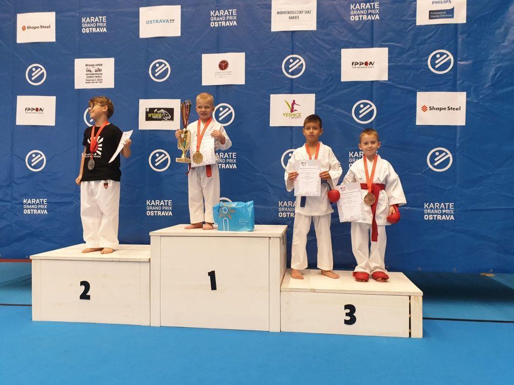 Úspechy AC UNIZA Karate klub Žilina počas októbra, foto 17