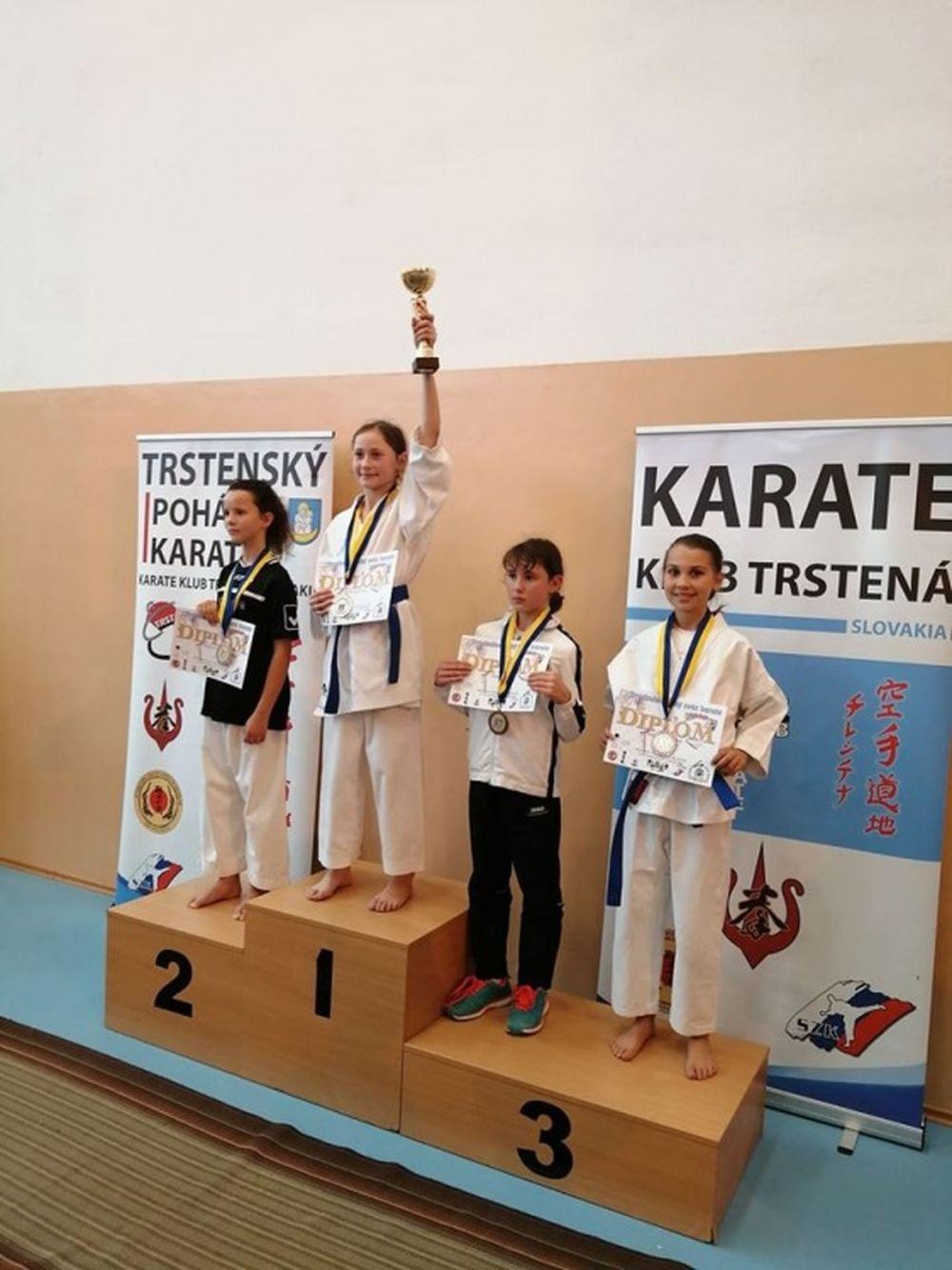 Úspechy AC UNIZA Karate klub Žilina počas októbra, foto 21