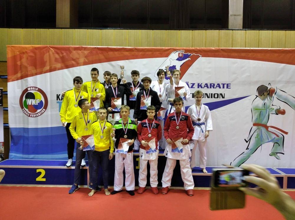 Žilinčania na majstrovstvách SR v karate, foto 1