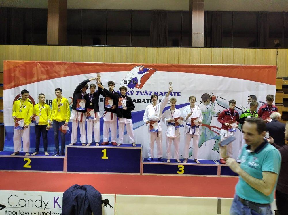 Žilinčania na majstrovstvách SR v karate, foto 2