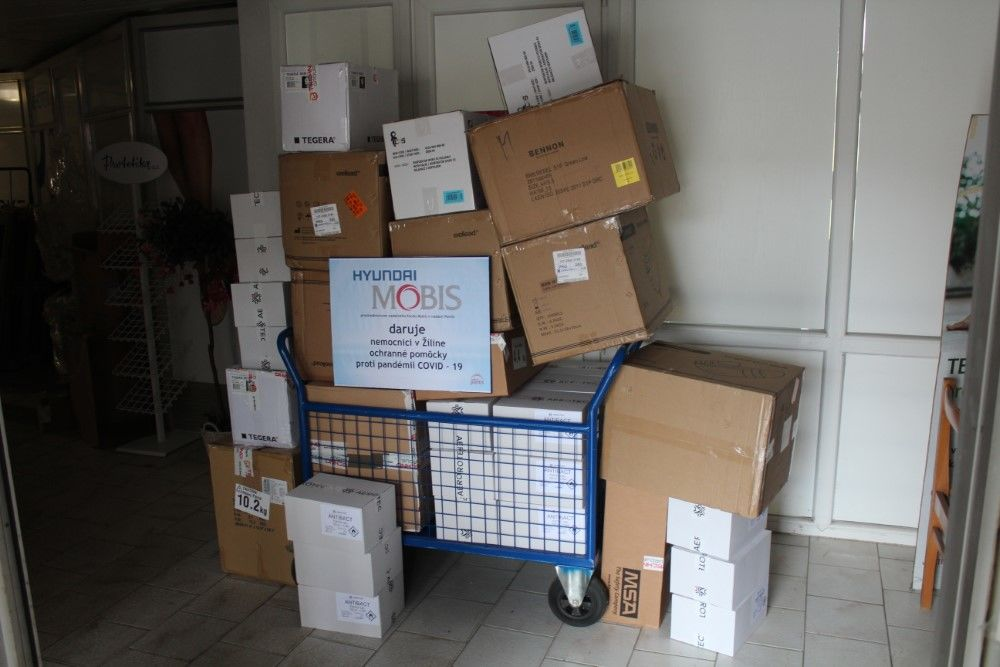 Mobis Slovakia dar nemocniciam v boji proti COVID-19, foto 1