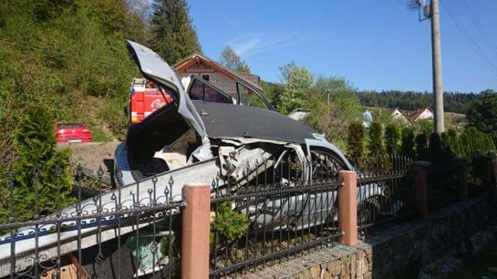 Dopravná nehoda v obci Radôstka 18.5.2020, foto 1