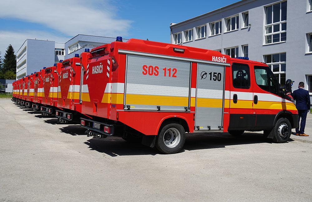 Odovzdanie nových vozidiel pre dobrovoľné hasičské zbory v Žilinskom kraji 22.5.2020, foto 2