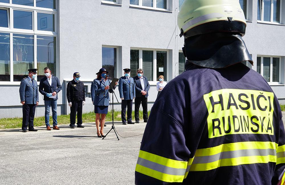 Odovzdanie nových vozidiel pre dobrovoľné hasičské zbory v Žilinskom kraji 22.5.2020, foto 6