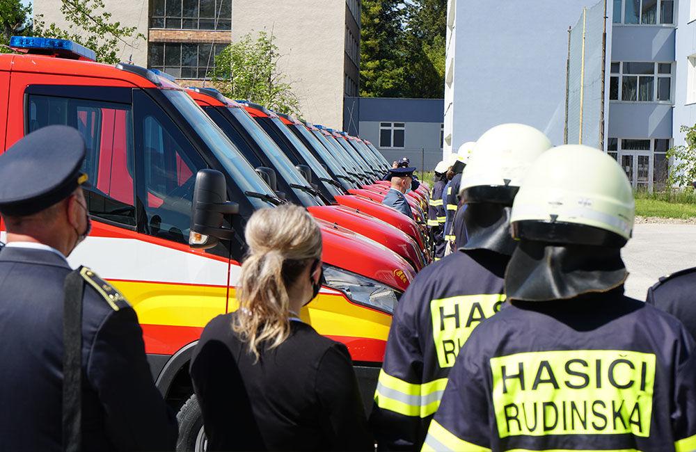 Odovzdanie nových vozidiel pre dobrovoľné hasičské zbory v Žilinskom kraji 22.5.2020, foto 14