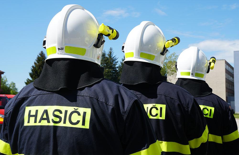 Odovzdanie nových vozidiel pre dobrovoľné hasičské zbory v Žilinskom kraji 22.5.2020, foto 16