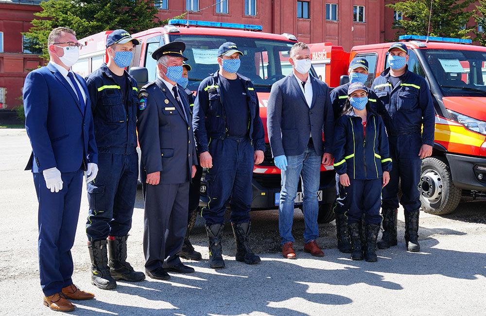 Odovzdanie nových vozidiel pre dobrovoľné hasičské zbory v Žilinskom kraji 22.5.2020, foto 17