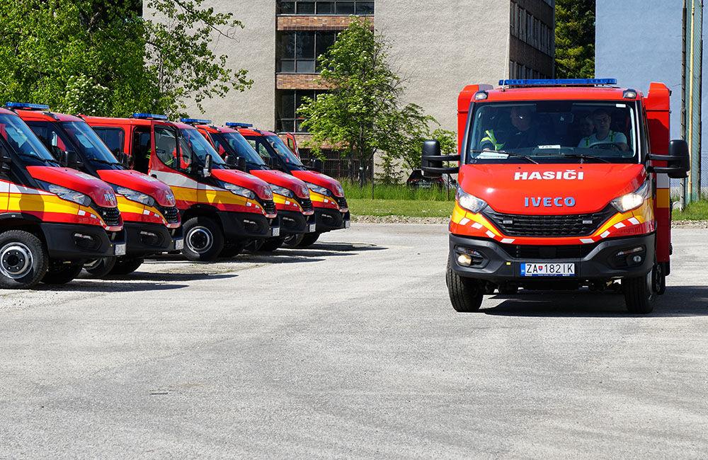Odovzdanie nových vozidiel pre dobrovoľné hasičské zbory v Žilinskom kraji 22.5.2020, foto 19