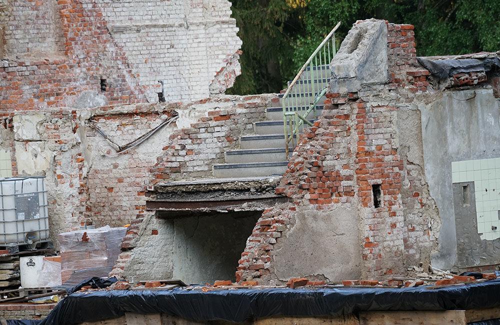 FOTO: Rekonštrukčné práce na vyhorenom zámku v Kunerade prebiehajú v plnom prúde, foto 10