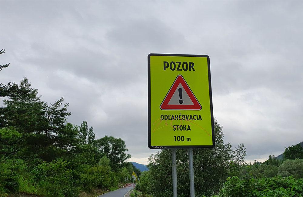 FOTO: Novú cyklotrasu popri Váhu poškodil prívalový dažď v mieste obchádzky kanalizačnej stoky, foto 3