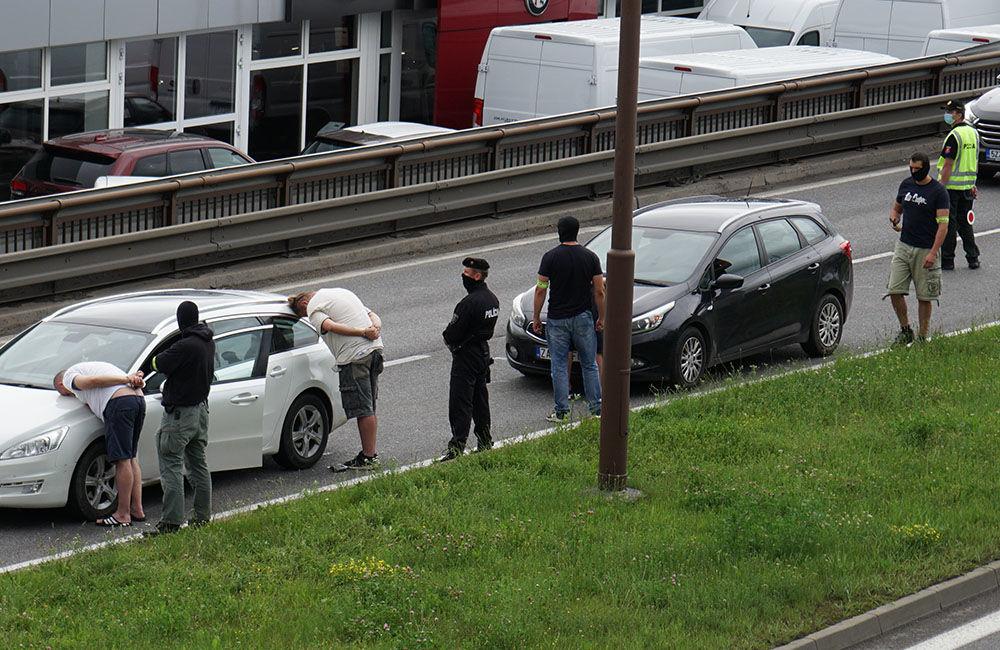 V pondelok 29. júna prebehla policajná akcia na Košickej ulici v Žiline, foto 3