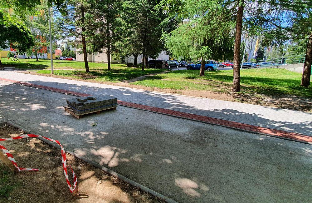 FOTO: Na sídlisku Solinky prebieha výstavba novej cyklotrasy, ktorá povedie do centra mesta, foto 5