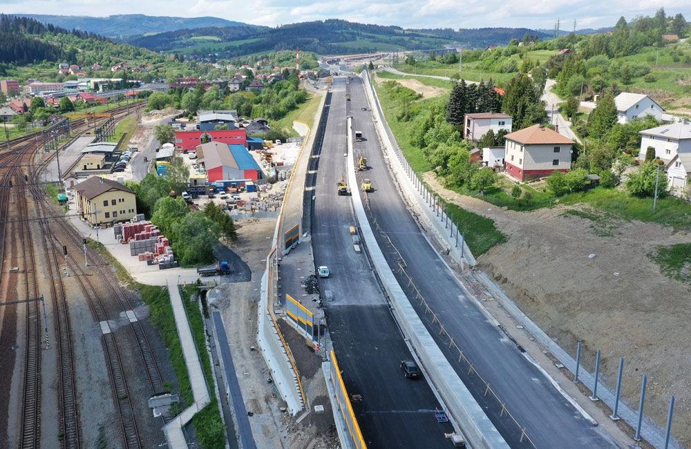 FOTO: Aktuálne zábery z výstavby diaľničného úseku D3 Čadca, Bukov - Svrčinovec, foto 5
