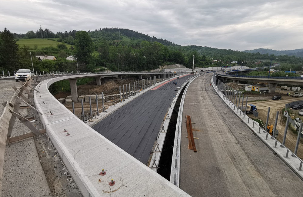 FOTO: Aktuálne zábery z výstavby diaľničného úseku D3 Čadca, Bukov - Svrčinovec, foto 11