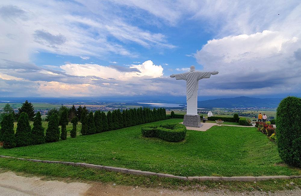 FOTO: Najvyššia socha Ježiša Krista na Slovensku stojí na Orave, foto 2