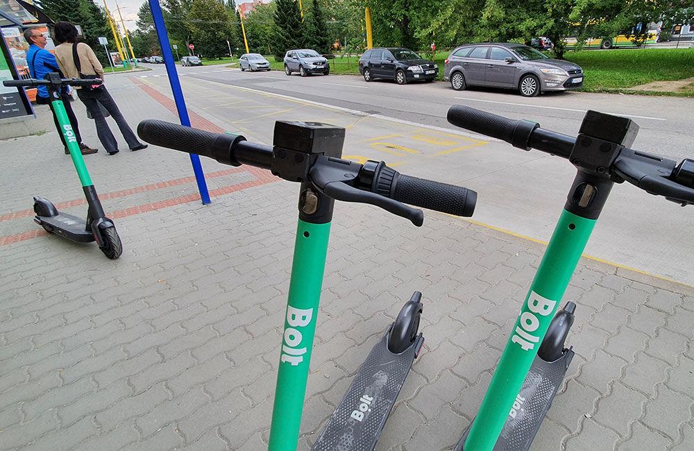 FOTO: V Žiline pribudlo 146 zdieľaných elektrokolobežiek, maximálnu rýchlosť obmedzili na 20 kmh, foto 12