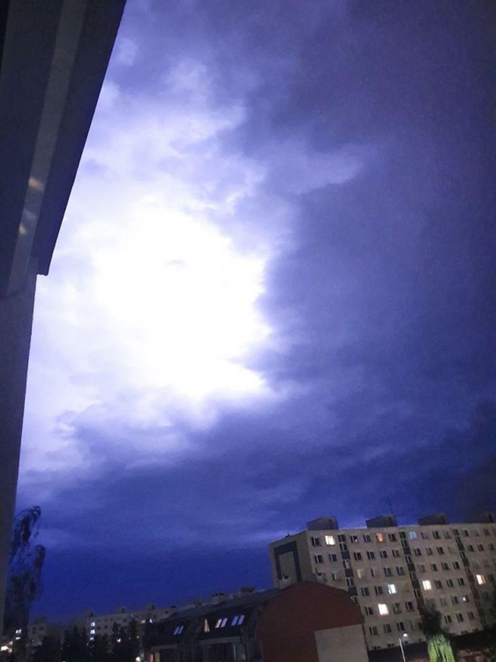 FOTO: Búrka, ktorá v utorok 28. júla zasiahla Žilinský kraj, na záberoch od čitateľov, foto 8