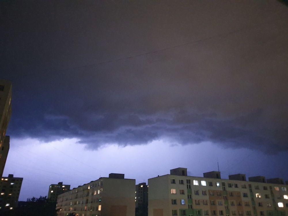 FOTO: Búrka, ktorá v utorok 28. júla zasiahla Žilinský kraj, na záberoch od čitateľov, foto 9