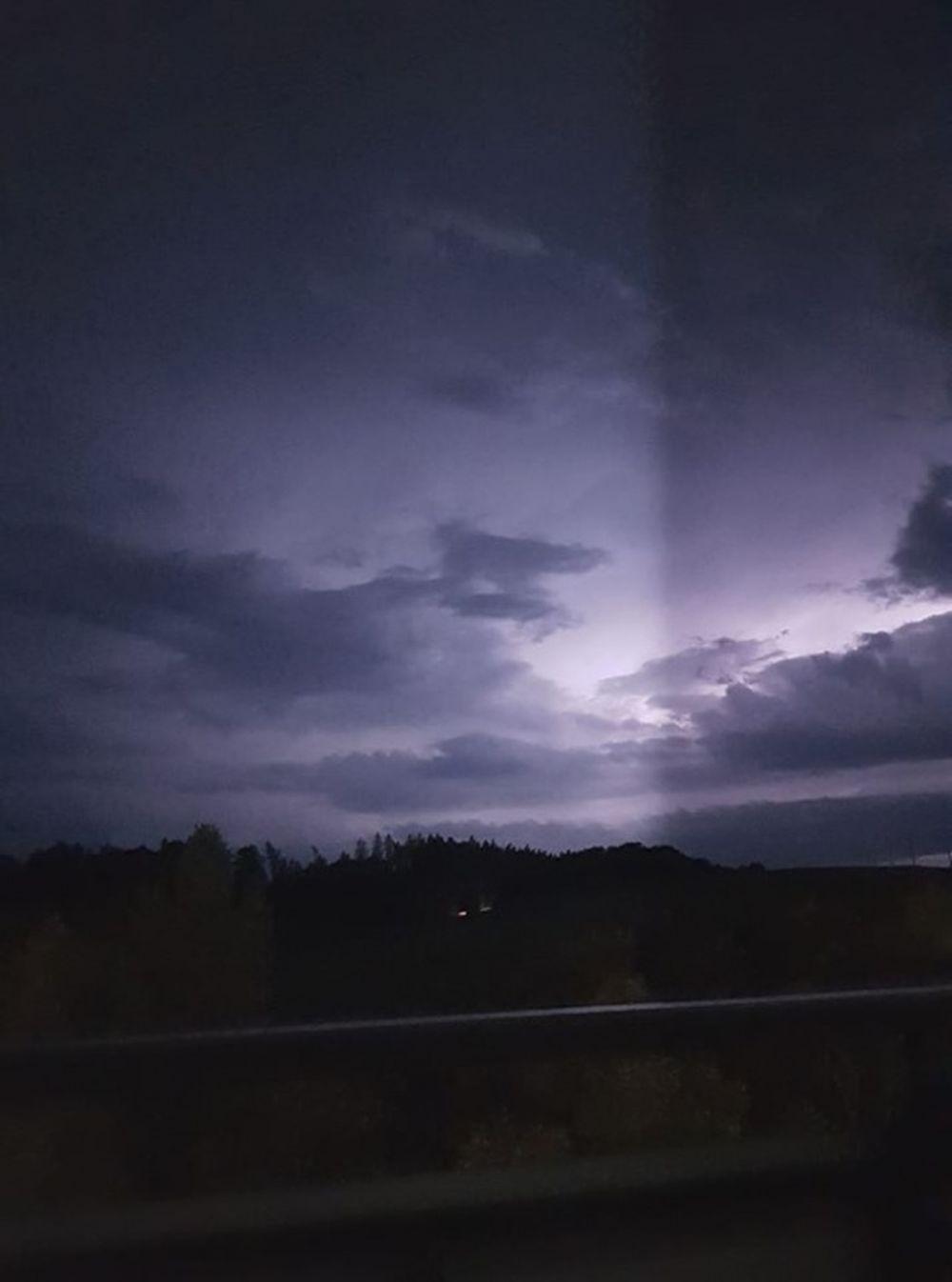 FOTO: Búrka, ktorá v utorok 28. júla zasiahla Žilinský kraj, na záberoch od čitateľov, foto 3