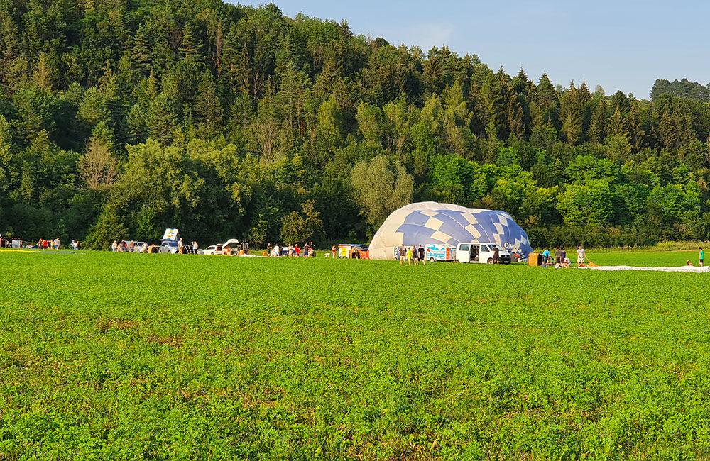 FOTO: Rajecká balónová fiesta 2020 štartovala aj pri Tepličke nad Váhom, foto 4