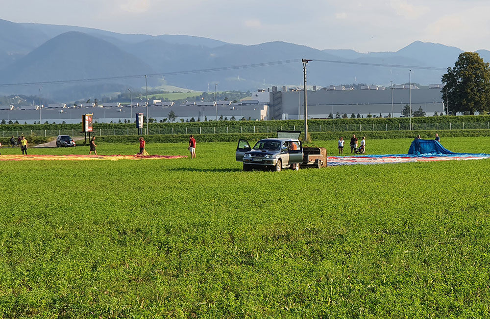 FOTO: Rajecká balónová fiesta 2020 štartovala aj pri Tepličke nad Váhom, foto 7