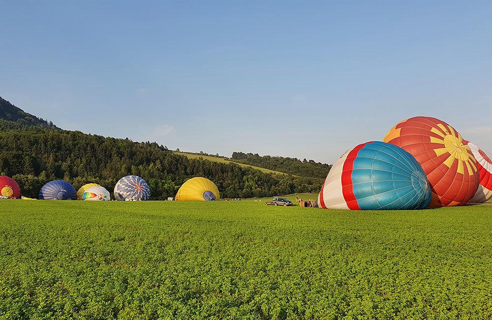 FOTO: Rajecká balónová fiesta 2020 štartovala aj pri Tepličke nad Váhom, foto 10