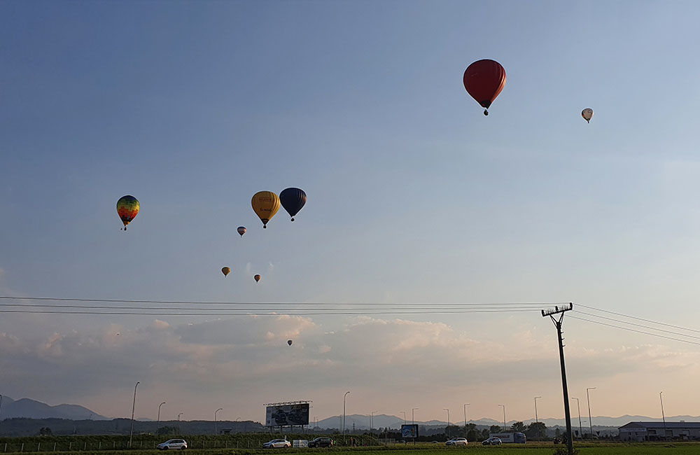 FOTO: Rajecká balónová fiesta 2020 štartovala aj pri Tepličke nad Váhom, foto 14