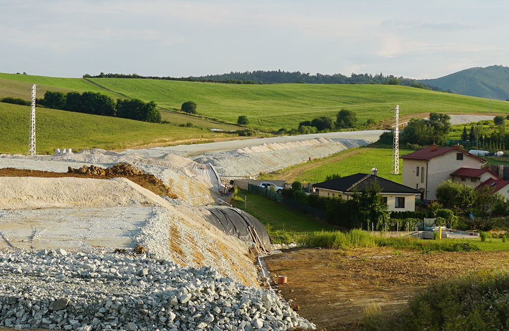 FOTO: Aktuálny stav prác na stavbe diaľničného privádzača 10.08.2020, foto 11