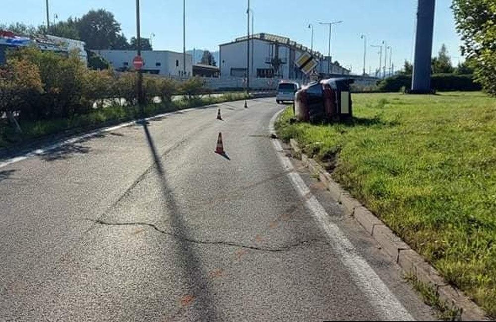 FOTO: Na vjazde do Žiliny od Terchovej havaroval 67-ročný vodič, pri kontrole nafúkal 2,56 promile, foto 4