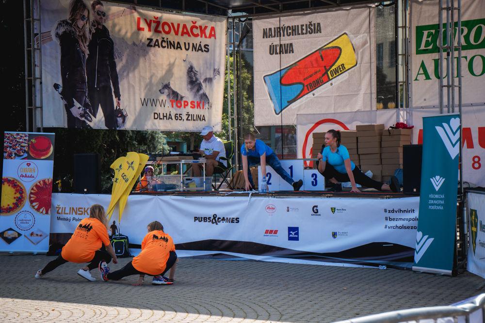 FOTO: Na Hlinkovom námestí odštartoval Žilinský mestský polmaratón 2020, foto 3