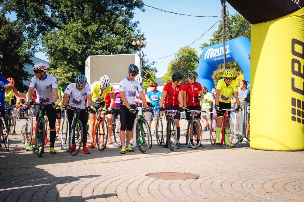 FOTO: Na Hlinkovom námestí odštartoval Žilinský mestský polmaratón 2020, foto 6