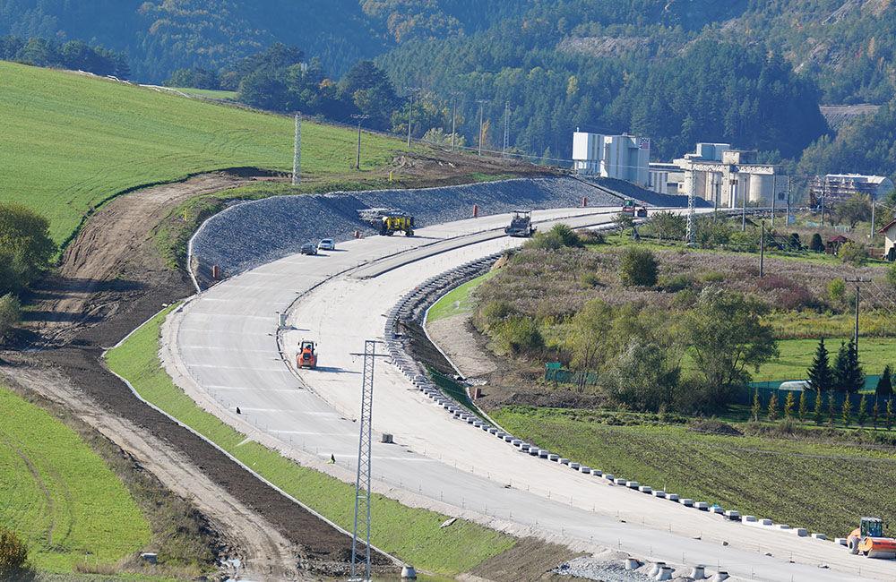 FOTO: Aktuálny stav prác na stavbe diaľničného privádzača 22.10.2020, foto 1
