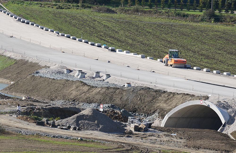 FOTO: Aktuálny stav prác na stavbe diaľničného privádzača 22.10.2020, foto 3