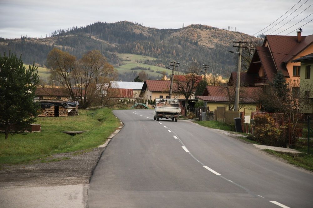 FOTO: Medzi obcami Klubina a Stará Bystrica zrekonštruovali viac než 4 kilometre cesty, foto 1
