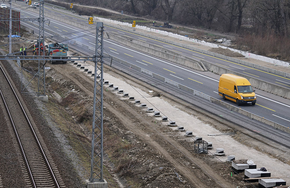 FOTO: Diaľničnú križovatku v Hričovskom Podhradí rozširujú krátko pred otvorením o nové jazdné pruhy, foto 5