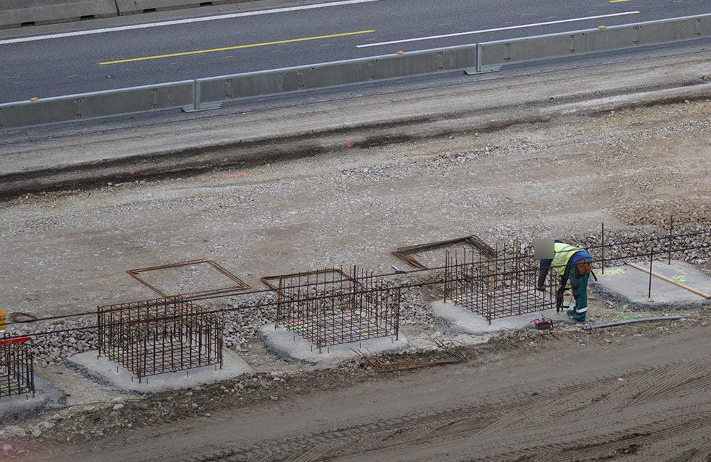 FOTO: Diaľničnú križovatku v Hričovskom Podhradí rozširujú krátko pred otvorením o nové jazdné pruhy, foto 14
